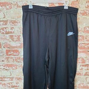Nike Men's Sweatpants w Adj Bottoms in Large